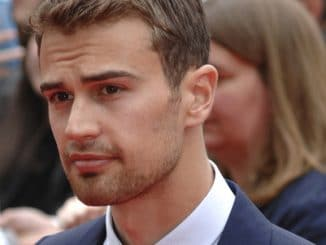 "Theo James - ""Divergent"" European Premiere thumb"