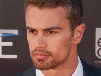 "Theo James - ""Divergent"" Madrid Premiere thumb"