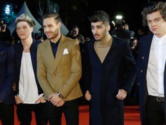 One Direction erscheinen beim 15. NRJ Award in Cannes thumb