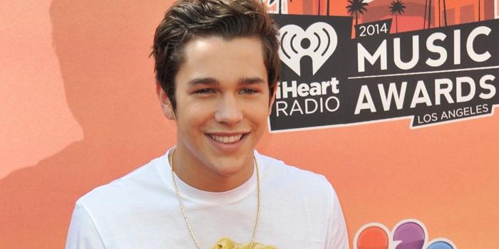 Austin Mahone at the 2014 iHeartRadio Music Awards thumb