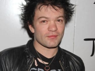 Deryck Whibley Celebrates His 31st Birthday at TAO Nightclub in Las Vegas thumb