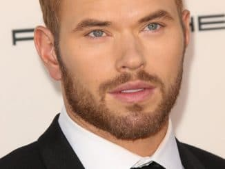 Kellan Lutz - 19th Annual Critics' Choice Awards
