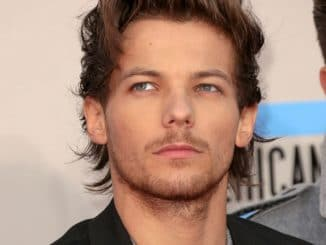 Louis Tomlinson - 41st Annual American Music Awards - Arrivals