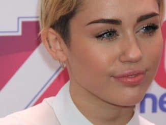 MILEY CYRUS at Z100 Jingle Ball concert