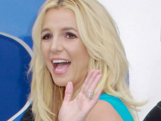 "Britney Spears - ""Smurfs 2"" Los Angeles Premiere thumb"