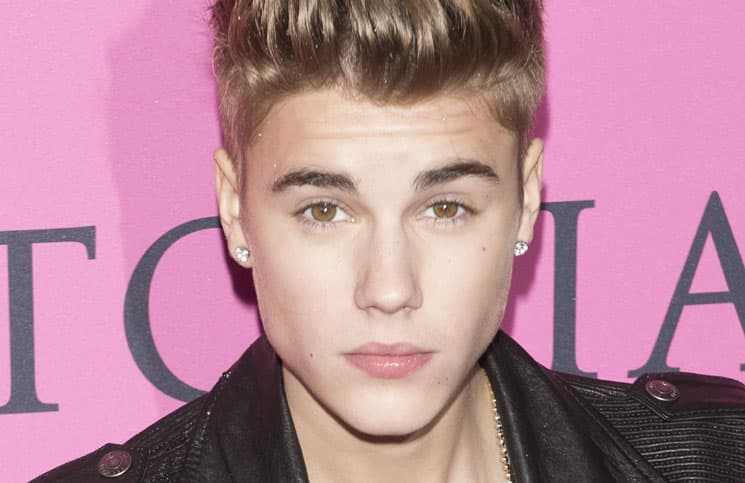 Justin Bieber - 2012 Victoria's Secret Fashion Show - Pink Carpet Arrivals