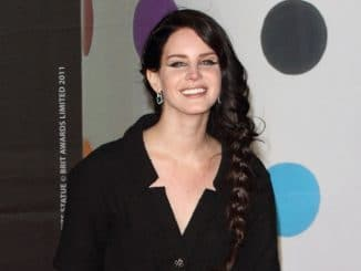 Lana Del Rey - BRIT Awards 2013 - Arrivals thumb