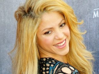 Shakira - 49th Annual Academy of Country Music Awards thumb