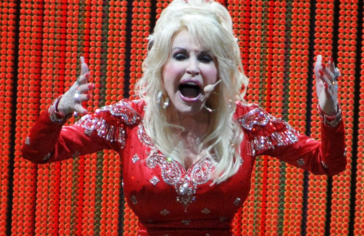 Dolly Parton: Tour-Bus statt Hotelzimmer - Musik News
