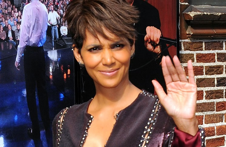 """Halle Berry - """"Late Show with David Letterman"""" - July 7, 2014"""