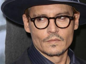 "Johnny Depp - ""3 Days to Kill"" Los Angeles Premiere"