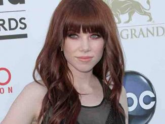 Carly Rae Jepsen - 2013 Billboard Music Awards