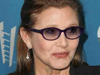 Carrie Fisher - 12th Annual Backstage at the Geffen Honoring Steve Martin and Alan Horn