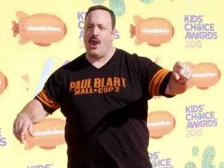Kevin James - Nickelodeon's 28th Annual Kids' Choice Awards