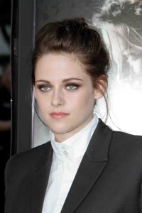 "Kristen Stewart - ""Snow White and the Huntsman"" Los Angeles Screening - Arrivals"