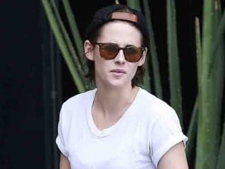 Kristen Stewart Sighted in Los Angeles on May 7, 2015