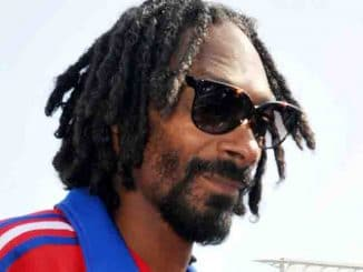Snoop Dogg - Turbo-Charged Party and Pop-Up Concert