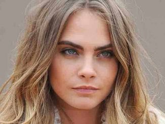 Cara Delevingne - London Fashion Week Fall/Winter 2014/15 - Burberry Prorsum