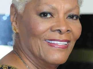 Dionne Warwick 2013 bei den Soul Train Awards