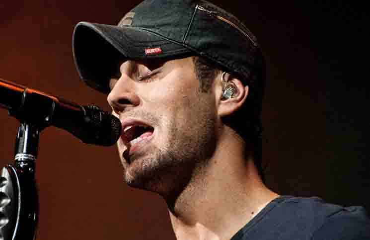 Enrique Iglesias - Q102's Springle Ball