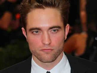 "Robert Pattinson - ""China: Through The Looking Glass"" Costume Institute Benefit Gala"