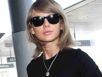 Taylor Swift Sighted Arriving at LAX on June 17, 2015