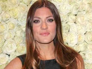 Jennifer Carpenter - QVC Buzz on the Red Carpet Oscar Party at the Four Seasons Hotel in Los Angeles