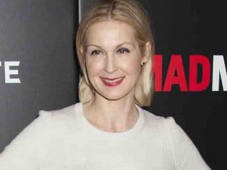 "Kelly Rutherford - AMC Networks Presents A Special Friends and Family New York City Screening of ""Mad Men"" - Arrivals"
