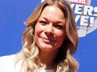 Leann Rimes, - Super Heroes and Hollywood Stars Unite on the Red Carpet