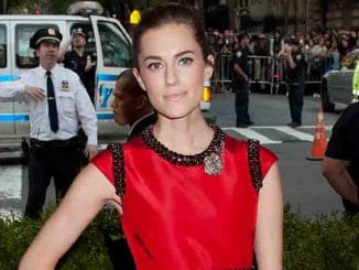 "Allison Williams - ""China: Through The Looking Glass"" Costume Institute Benefit Gala"