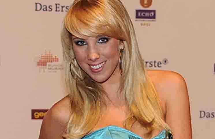 """Annemarie Eilfeld sagt """"Ballermann""""-Auftritt ab - Musik News"""