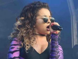 Ella Eyre - Camp Bestival 2015 - Day 1