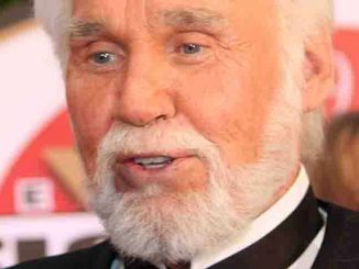 Kenny Rogers - Muhammad Ali's Celebrity Fight Night XX