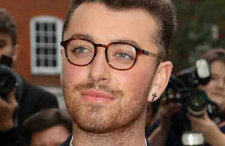 "Sam Smith schreibt mit ""Writing's On The Wall"" Chart-Geschichte - Musik News"