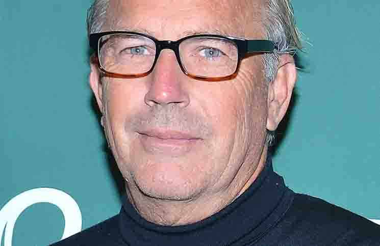 "Kevin Costner ""The Explorer's Guild"" Book Signing at Barnes & Nobles in Union Square on October 20, 2015"