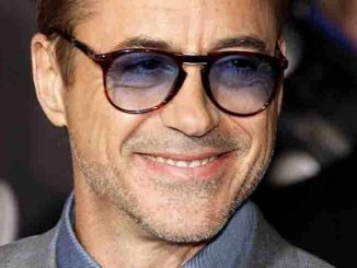 "Robert Downey Jr. - Marvel's ""Avengers: Age Of Ultron"" Los Angeles Premiere"