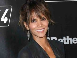 """Halle Berry - """"Fallout 4"""" Video Game Launch Party"""
