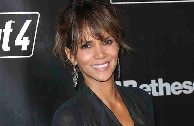 "Halle Berry - ""Fallout 4"" Video Game Launch Party"