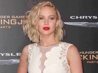 "Jennifer Lawrence - ""The Hunger Games: Mockingjay - Part 2"" Los Angeles Premiere - Arrivals"