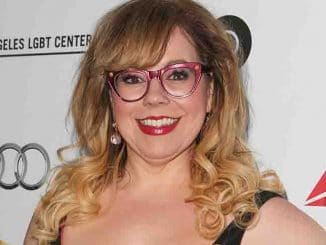 Kirsten Vangsness - 2015 Chairs for Charity Benefiting Homeless Youth Services at the Los Angeles LGBT Center