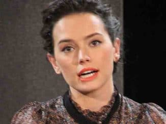 "Daisy Ridley - ""Star Wars: The Force Awakens"" Los Angeles Press Conference"