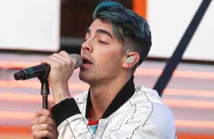 """Joe Jonas: Fans werden """"DNCE""""-Song verstehen - Musik News"""