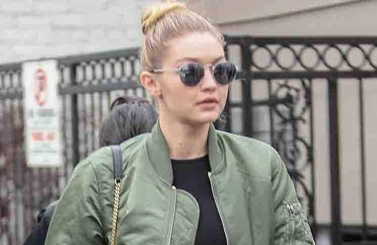 Gigi Hadid Sighted in Los Angeles on December 22, 2015
