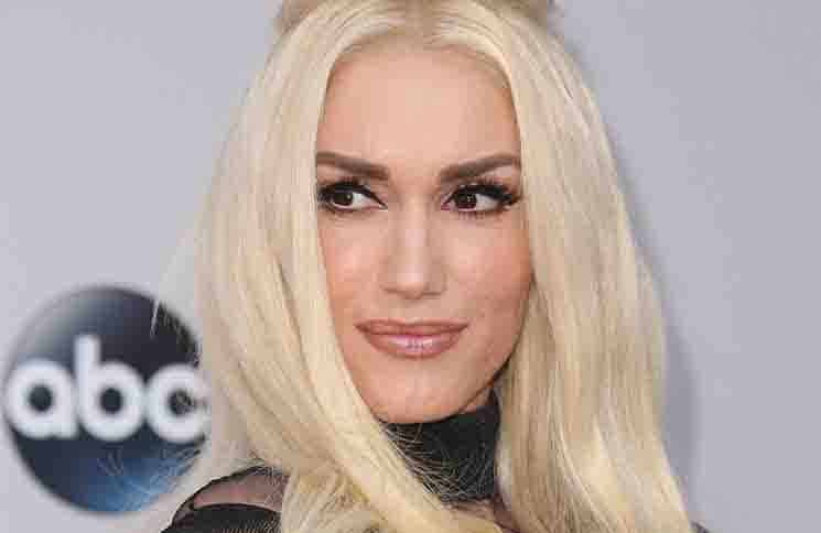 Gwen Stefani - 2015 American Music Awards - Arrivals
