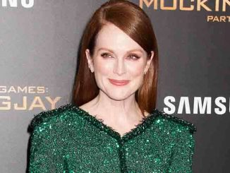 "Julianne Moore - ""The Hunger Games: Mockingjay - Part 2"" New York City Premiere"