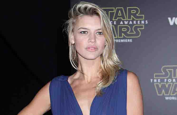 """Kelly Rohrbach - """"Star Wars: The Force Awakens"""" World Premiere"""