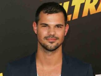 "Taylor Lautner - ""American Ultra"" Los Angeles Premiere"