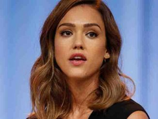 Jessica Alba - Pennsylvania Conference for Women 2015 - Philadelphia Convention Center