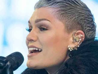 "Jessie J - ""New Year's Rockin' Eve 2015"" with Carrie Underwood in Concert in Times Square in New York City"