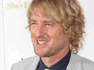 "Owen Wilson - ""She's Funny That Way"" Los Angeles Premiere"